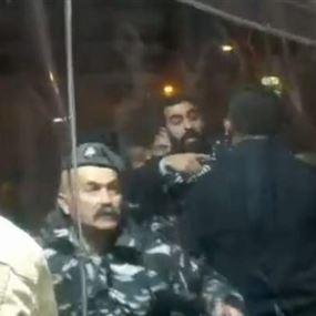 جرحى في إشكال بين المعتصمين في خيمة عاليه وعناصر حزبية