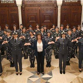 تحيّة من الحسن للرجال والنساء في لبنان