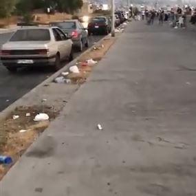 بالفيديو: قذارة بعض الأشخاص على رصيف مارينا ضبية