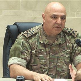 قائد الجيش: لا تسمحوا للتجاذبات السياسية أن تثنيكم عن أداء مهامكم