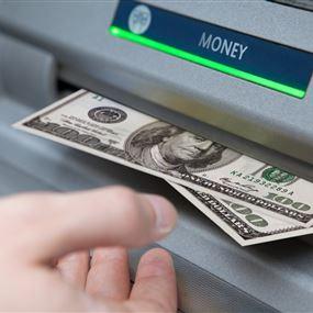الغاء الدولار من الصرافات الآلية في لبنان؟