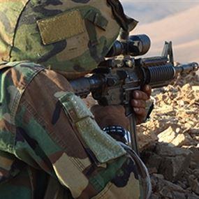 مناورة قتالية للجيش بالذخيرة الحيّة