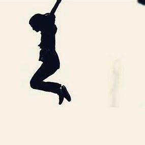 مقتل فتاة بعد سقوطها من على شرفة منزلها