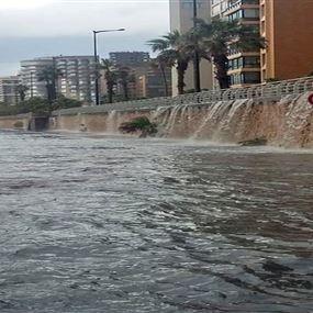 في بلدية بيروت من كان على علم بعملية صبّ الباطون فوق المجرور!