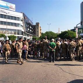 محتجون في ساحة ايليا قطعوا المسرب باتجاه الجنوب
