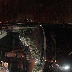 جريحة بحادث مروع على طريق عام عجلتون