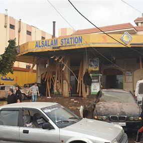 ضحايا بانفجار معمل في صير الغربية (صور وفيديو)