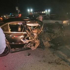 بالصور: جريحان اثر حادث سير مروع ليلاً