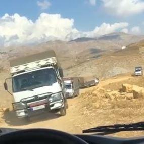 وزارة الدفاع تكشف ملابسات فيديو الشاحنات التي تنقل البضائع