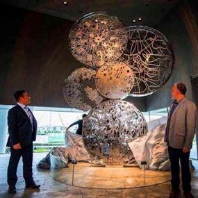 نصب فني لبناني فجّر غضب اليابان على كارلوس غصن