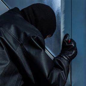 سلسلة سرقات في الخيام ليل امس