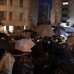 اعتصام أمام منزل الرئيس المكلف حسان دياب في تلة الخياط