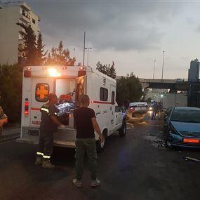 بالصور: جريحة اثر انقلاب سيارتها في النبعة