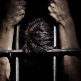 في جبيل.. سرق صناديق نذورات الكنائس وادعى أنه ضابط!