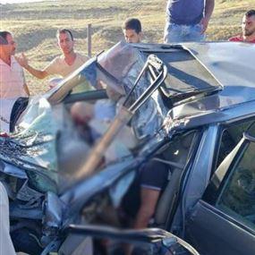 بالصور: مجزرة مروريّة.. 3 قتلى في حادث سير بين شاحنة وسيّارة!