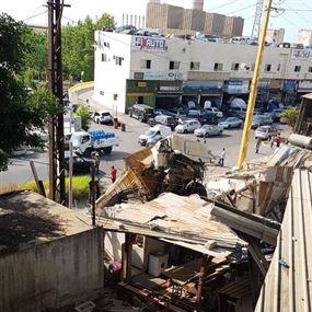 ثلاثة قتلى وجريح نتيجة تدهور شاحنة عن جسر زوق مصبح