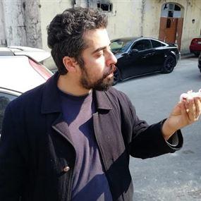 بالصّور والأسماء: شبّان يعتدون على ناشطين في بيروت