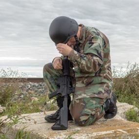 قطّعوا أطرافه وتفننوا بتعذيبه.. قصة ضابط بطل في الجيش اللبناني!
