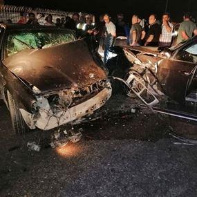جرحى جراء حادث سير بين ثلاث سيارات