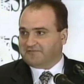 رجل الأعمال جورج نادر.. مواد إباحية و10 جرائم إستغلال جنسي!