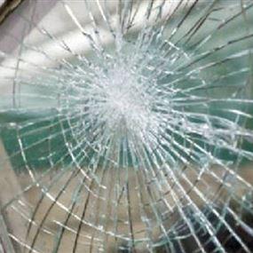 مجهولون حطموا زجاج نوافذ مدرسة في مرجعيون