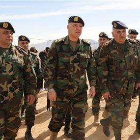 العماد عون للعسكريين في عيدهم: أنتم من يضع الخطوط الحمر