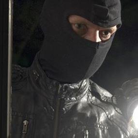سرقوا 20 مليون ليرة من داخل المنزل
