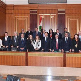 مجلس الوزراء يعقد الجلسة الاولى بعد حيازته الثقة بعد غد الخميس