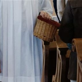 تبرّع في صناديق النذورات داخل كنائس جبيل أم سرقها؟