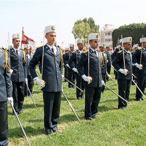 قيادة الجيش تعلن عن الحاجة الى تطويع تلامذة ضباط
