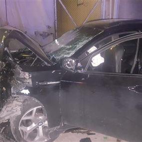 بالصور.. جرحى في حادث سير على اوتوستراد ذوق مكايل