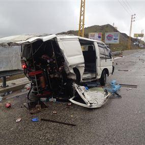 بالصور: بائع القهوة قتيل أمام عربته نتيجة حادث سير