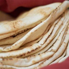 قرارٌ لوزير الاقتصاد حول سعر ووزن ربطة الخبز...