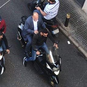 بالفيديو: هكذا وصل النائب علي عمار الى مجلس النواب