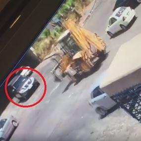 بالفيديو: نجاة مدير معهد التعليم في قوى الامن من حادث مروّع