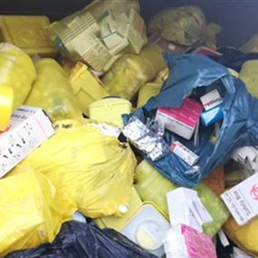اقفال معمل لفرز النفايات الصحية في العباسية