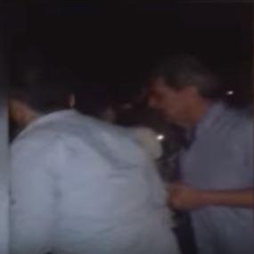 بالفيديو: إعتداء على سيدتين.. لأنهما طالبتا بالكهرباء!