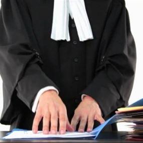 القاضي جرمانوس يتقدم بادعاء ضد المحامي وديع عقل