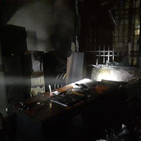 حريق فجرا في مبنى احد المصارف في راس المتن (فيديو وصور)
