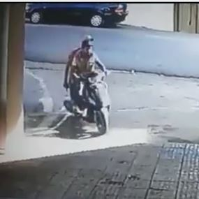 بالفيديو: استطلعا المكان ونفذا عملية السرقة