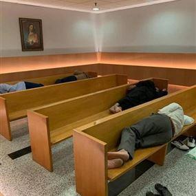 بالفيديو: كنيسة مطار بيروت للنوم والإستراحة!