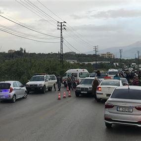 قتيل و 6 جرحى في حادث سير على طريق الضنية طرابلس