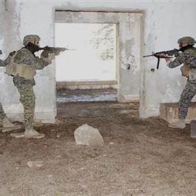 مخابرات الجيش تمكنت من توقيف عصابة سرقة وسلب
