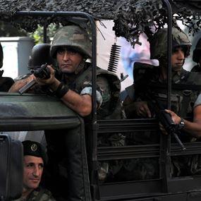الجيش يوقف 50 سوريا.. ويصادر مضبوطات في بريتال
