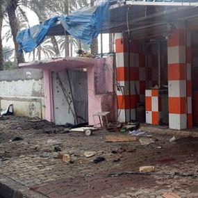 قتلى وجرحى بتفجير انتحاري بمخيم لنازحين عراقيين