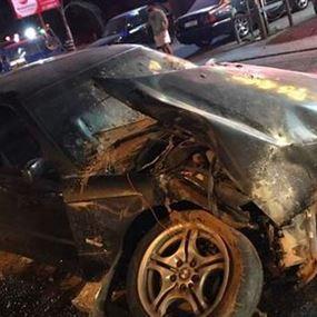 حريق في سيارة نتيجة حادث سير