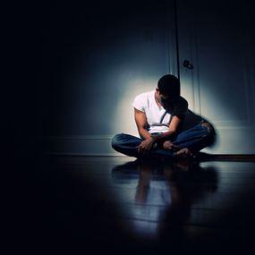 حالات الإكتئاب في لبنان اسبابها والمعالجات