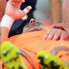 شاهد رونالدو يكسر أنف حارس المرمى ويدخله في غيبوبة!