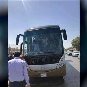 انفجار يستهدف حافلة سياحية في مصر ويسقط أكثر من 10جرحى