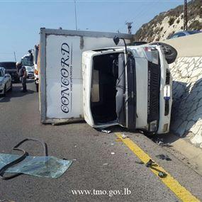 بالصور: حادث مروع على اوتوستراد البترون